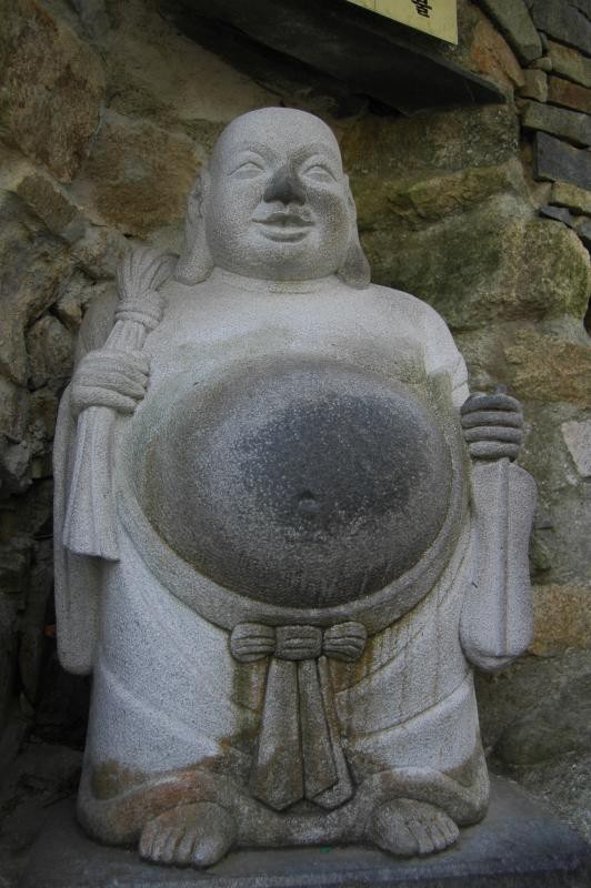 Destination: Yonggungsa — the seaside temple (Busan) - South Korea -