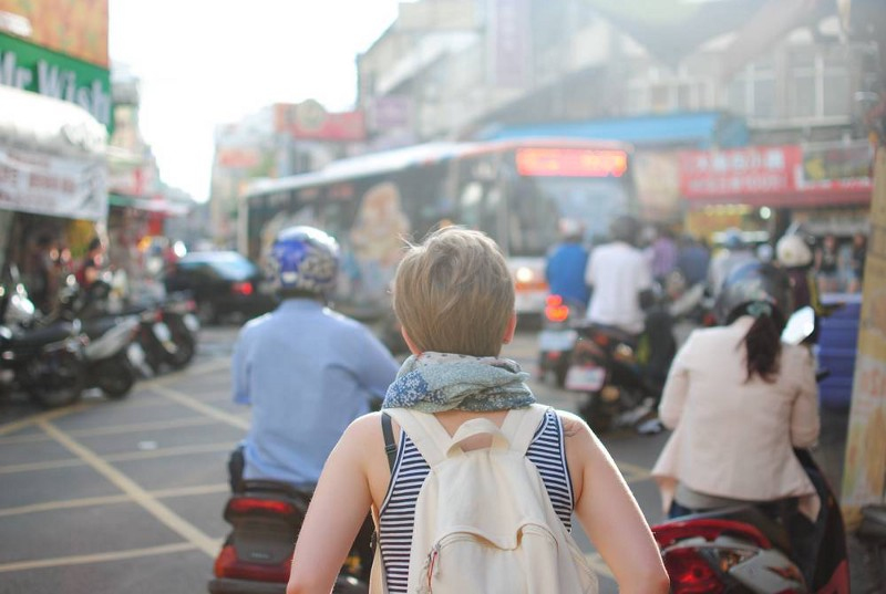 26 Safety Tips While Traveling, From A to Z - Getting Around -