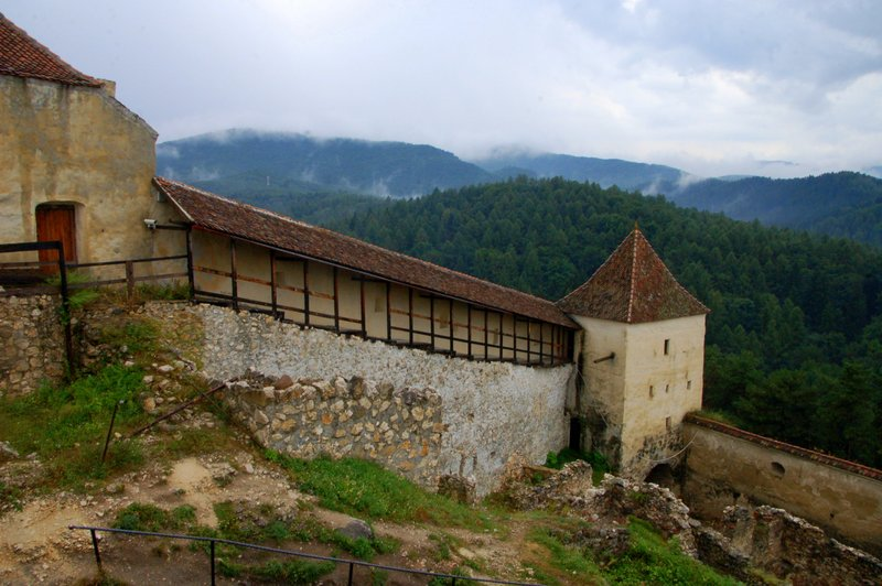 Things I Wish I Knew Before Going on a Romanian Road Trip