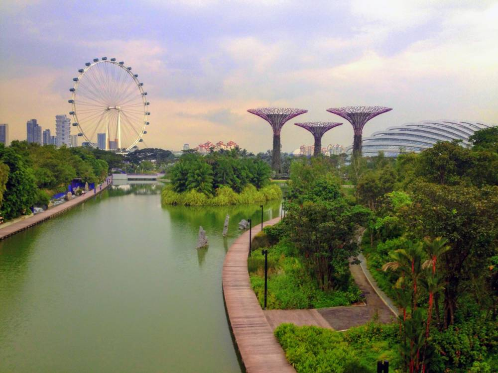 Getting started in Singapore: orienting yourself and saving money in the world's most expensive city