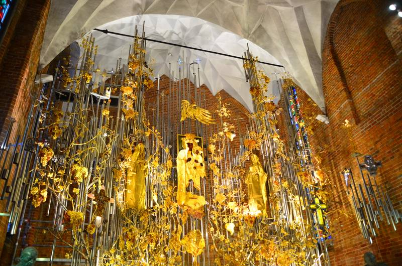 Destination: Gdansk, Poland — see where World War II started, a church's altar made of amber, and some awesome murals